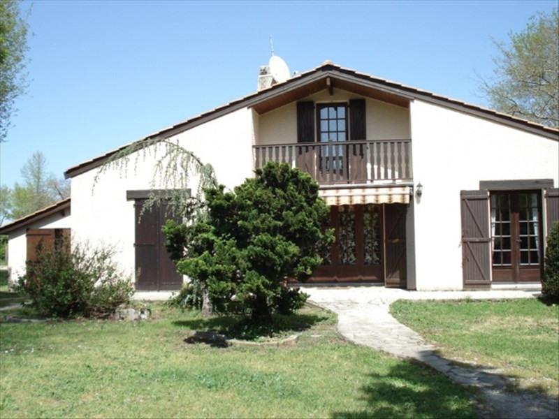 Sale house / villa Castelnau de medoc 254400€ - Picture 1