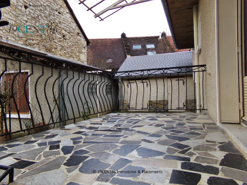 Vente maison / villa Belley 128 000€ - Photo 4