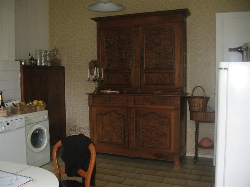 Sale house / villa Montguyon 260000€ - Picture 8