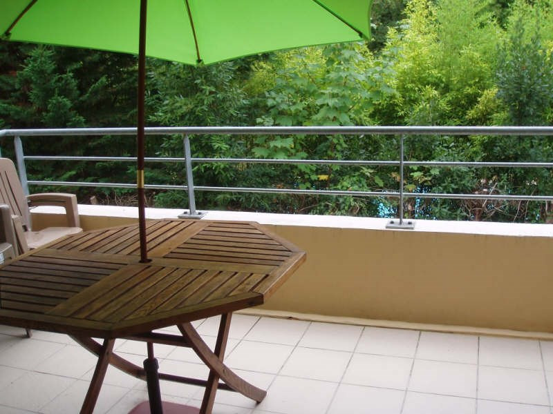 Sale apartment Pessac 225 000€ - Picture 1