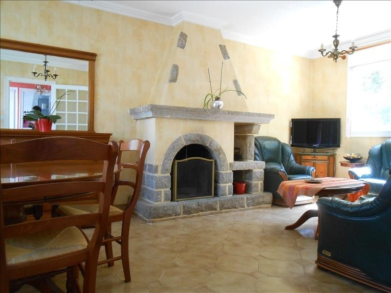 Sale house / villa Quimper 149800€ - Picture 2
