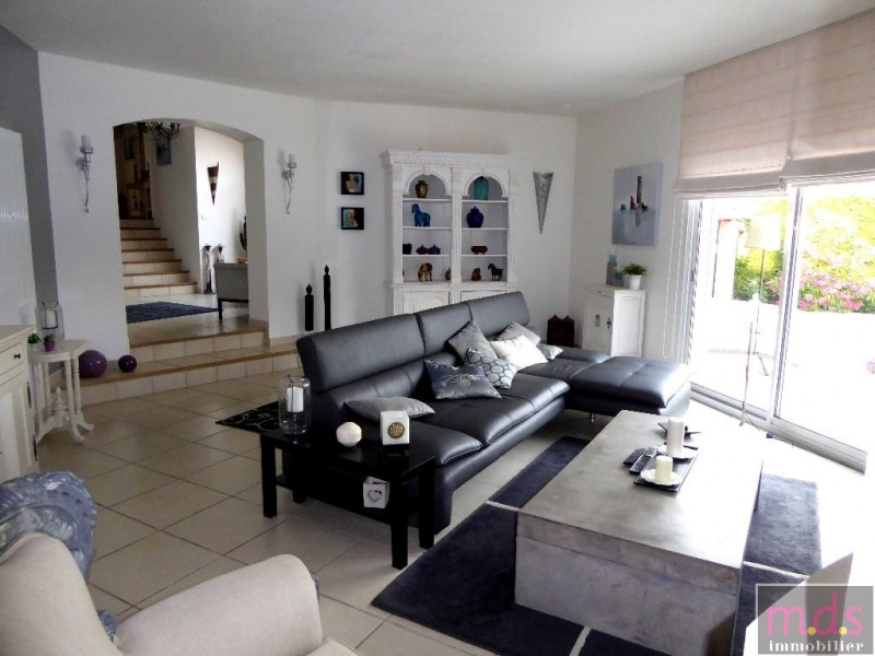 Deluxe sale house / villa Saint-jean secteur 609 000€ - Picture 3