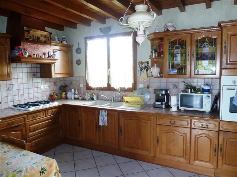 Sale house / villa St georges d esperanche 325000€ - Picture 4