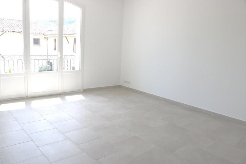 Location appartement Le puy-sainte-réparade 1100€ CC - Photo 3
