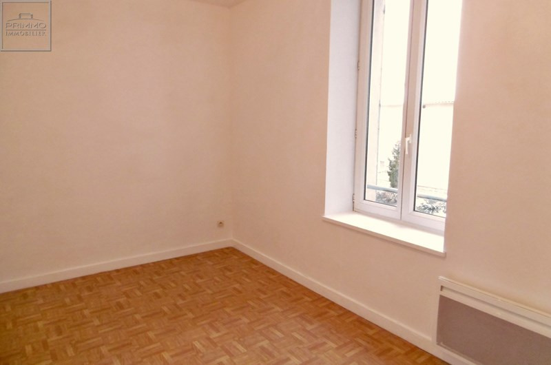 Location appartement Mionnay 830€ CC - Photo 3