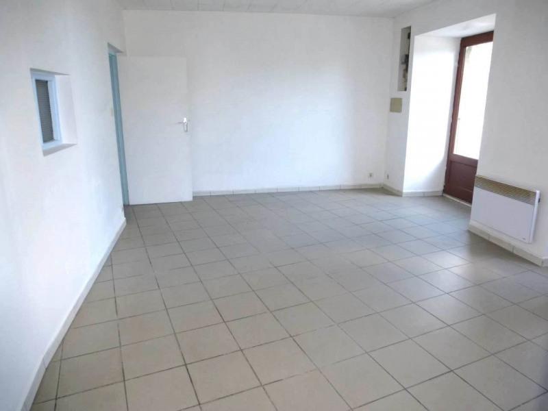 Location appartement Lavilledieu 330€ CC - Photo 3