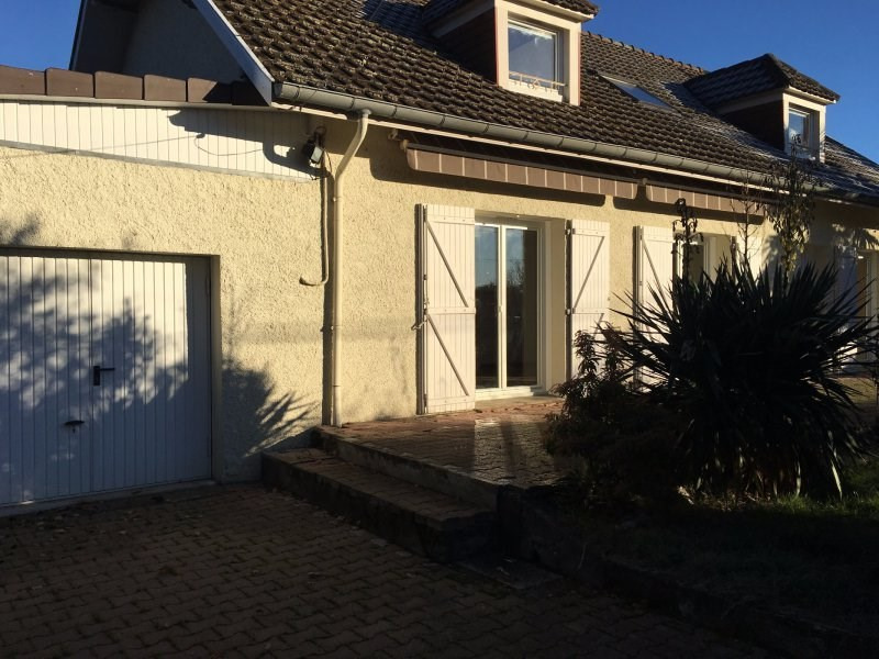 Sale house / villa Bazet 190800€ - Picture 1