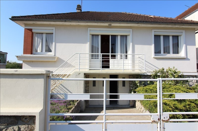 Sale house / villa Chartres 185000€ - Picture 1