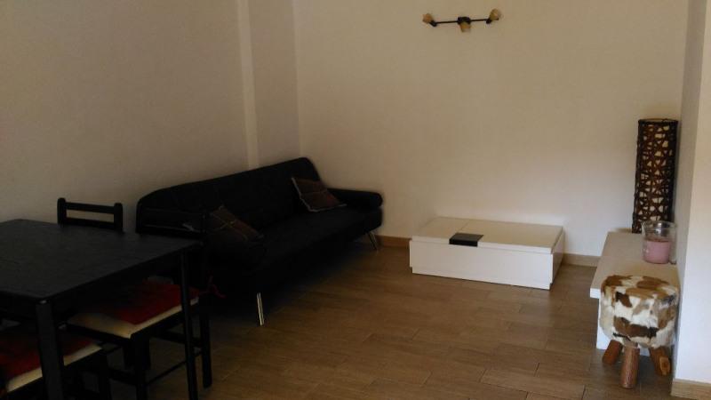 Rental apartment Cagnes sur mer 700€ CC - Picture 2