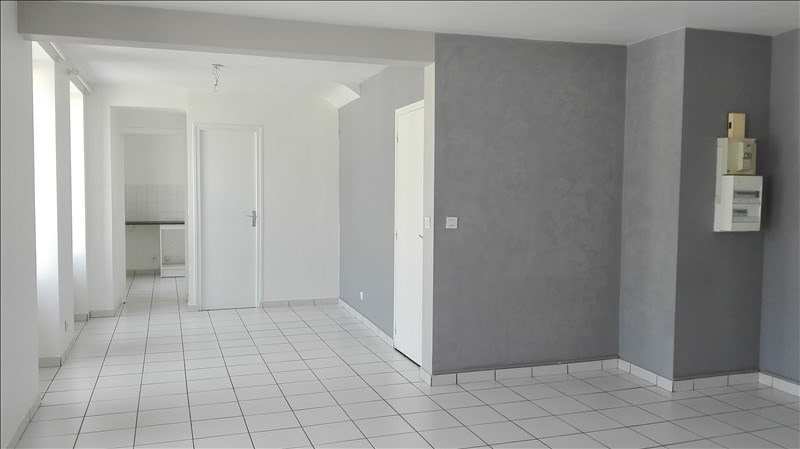 Location appartement Sivry courtry 660€ +CH - Photo 2