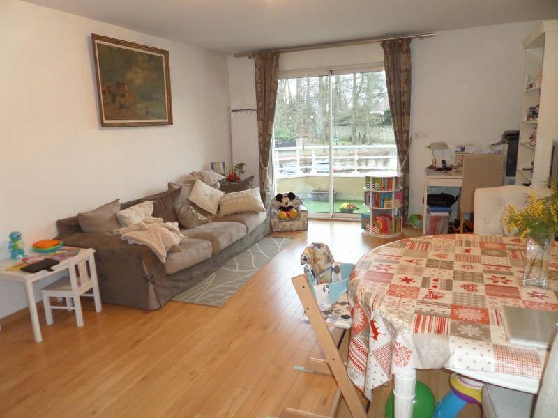 Sale apartment La celle st cloud 330000€ - Picture 1