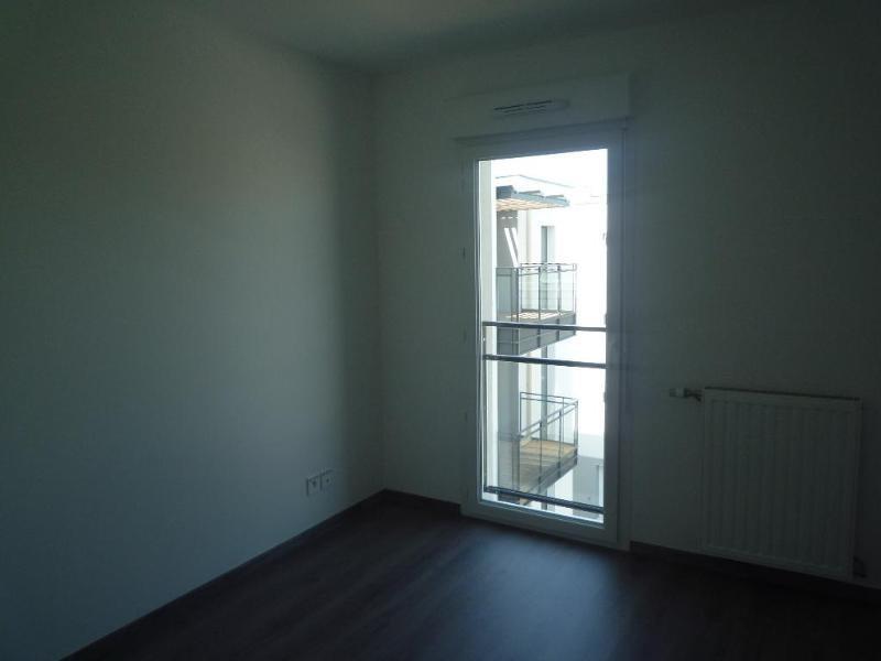 Location appartement Saint priest 905€ CC - Photo 4
