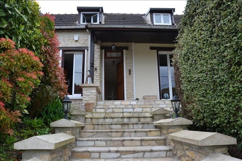 Sale house / villa Osny 326000€ - Picture 1