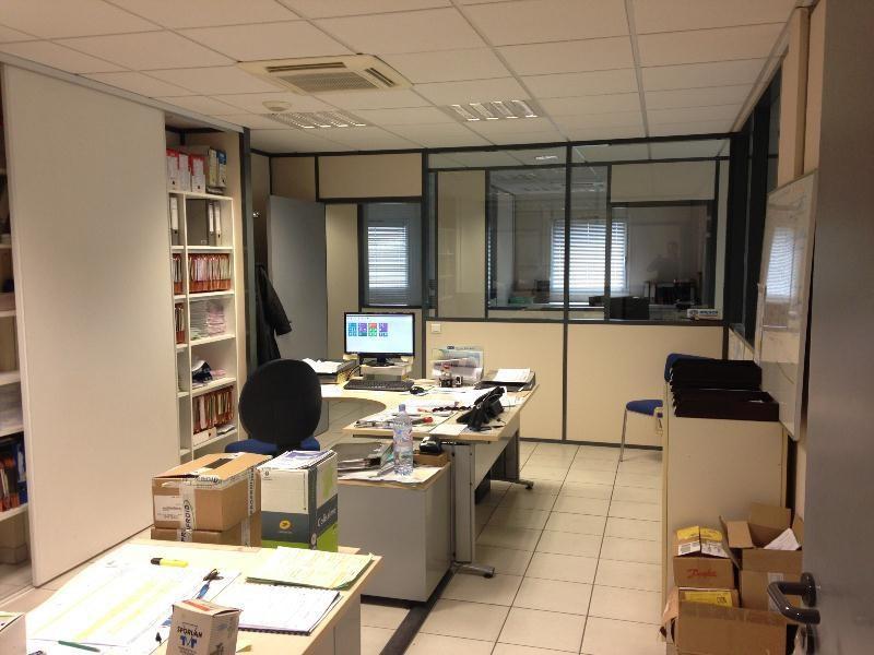 Location Local d'activités / Entrepôt Pleumeleuc 0