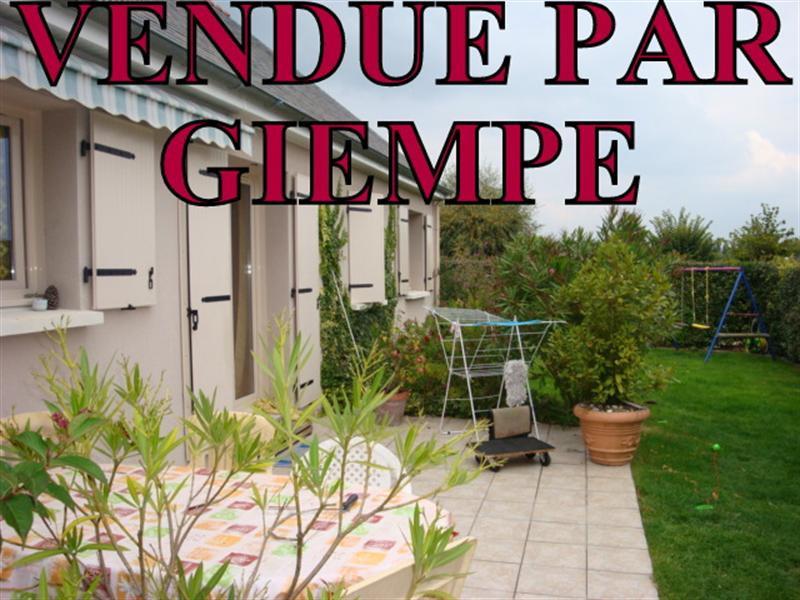 Sale house / villa Jarzé 171000€ - Picture 1