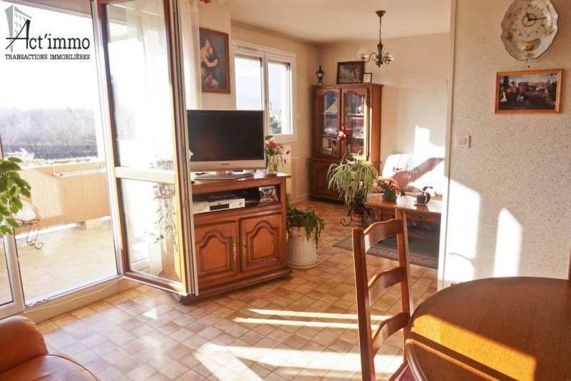 Vente appartement Le pont de claix 147 000€ - Photo 2