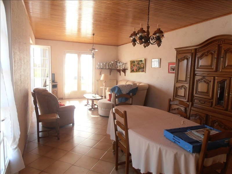 Sale house / villa St germain du plain 168 000€ - Picture 4