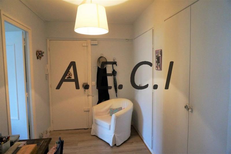 Sale apartment Courbevoie 475000€ - Picture 10