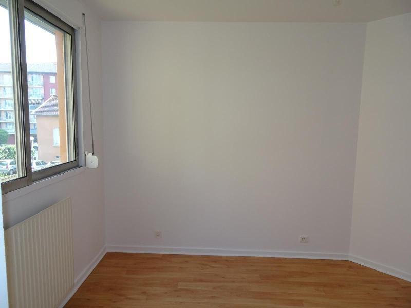Location appartement Villefranche sur saone 964€ CC - Photo 7