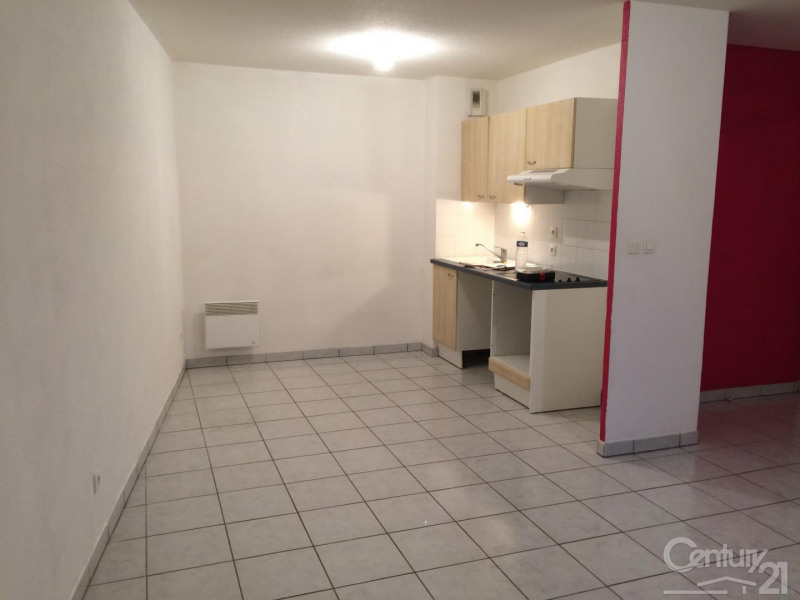 Rental apartment St arnoult 620€ CC - Picture 2