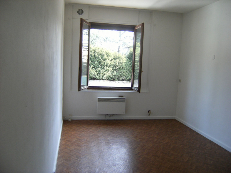 Sale apartment Oullins 149 000€ - Picture 2