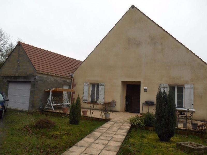 Sale house / villa Breteuil 218000€ - Picture 1