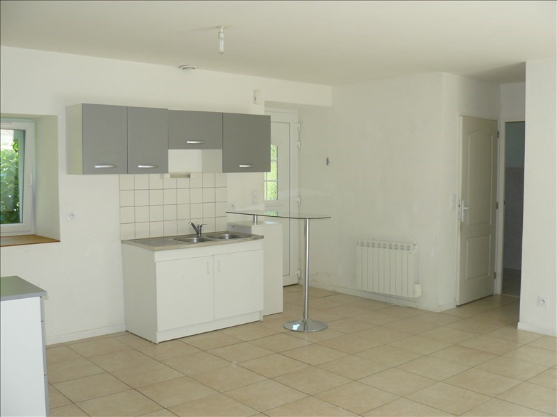 Location maison / villa Lanouee 508€ CC - Photo 10