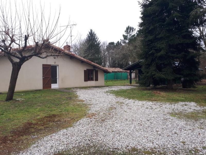Location maison / villa Cabanac-et-villagrains 750€ CC - Photo 2