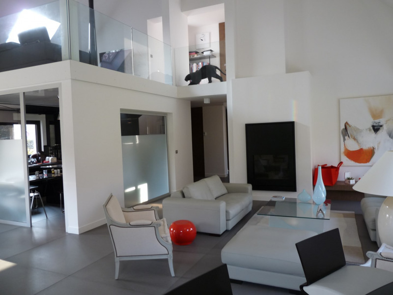 Rental house / villa Saint-nom-la-bretèche 4950€ CC - Picture 7