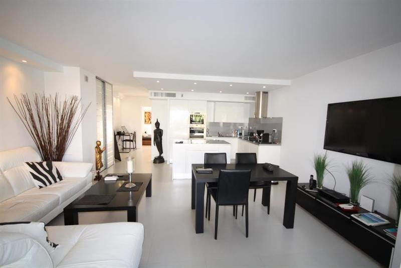 Sale apartment Juan les pins 495000€ - Picture 1