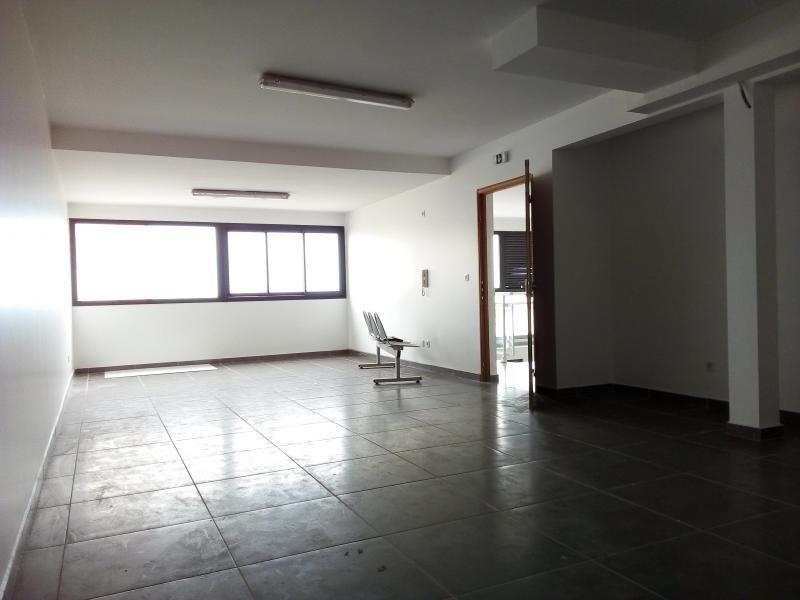 Sale empty room/storage Terre sainte 112000€ - Picture 1