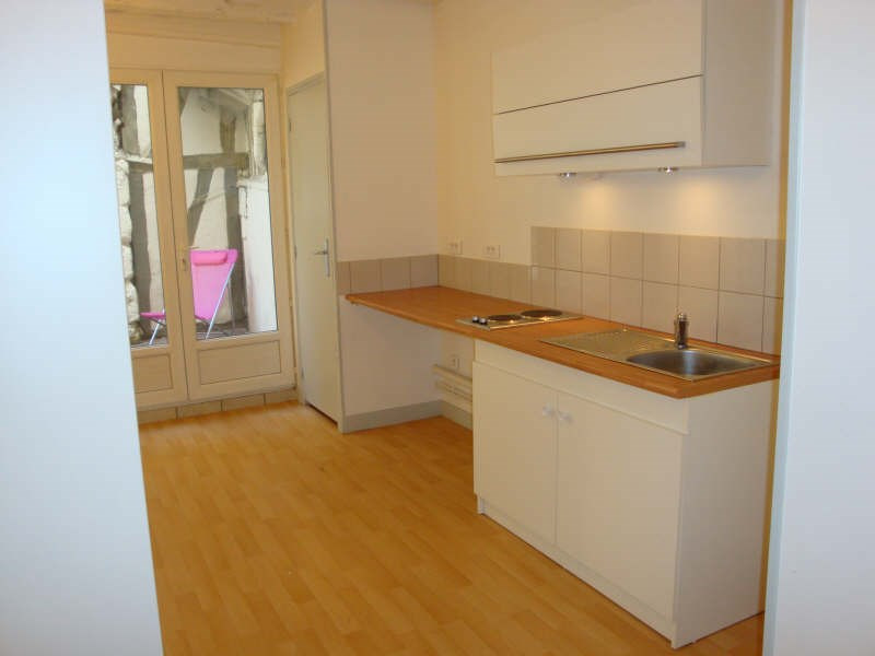 Rental apartment Rouen 494€ CC - Picture 1