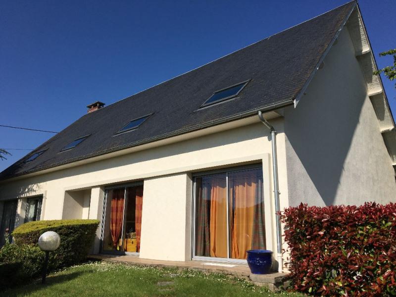 Sale house / villa Beauvais 375000€ - Picture 1