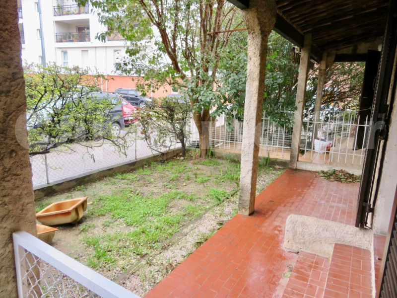 Studio 30 m² avec jardin à proximité du centre