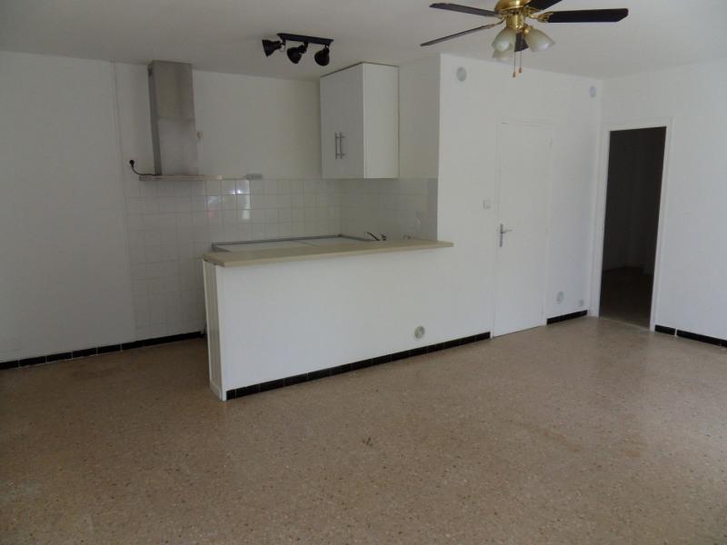 Rental apartment Entraigues sur la sorgue 600€ CC - Picture 4