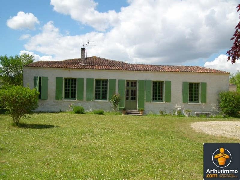 Sale house / villa Matha 211000€ - Picture 1