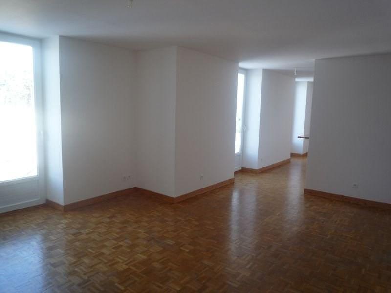 Rental apartment Le chambon sur lignon 591€ CC - Picture 1