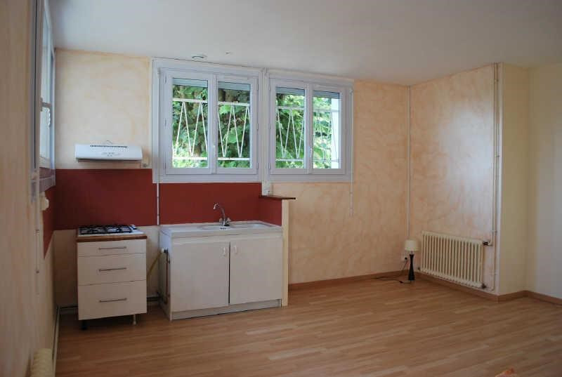 Rental apartment Angouleme 344€ CC - Picture 2