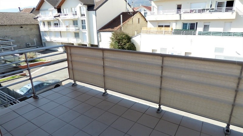 Rental apartment St genis pouilly 923€ CC - Picture 9