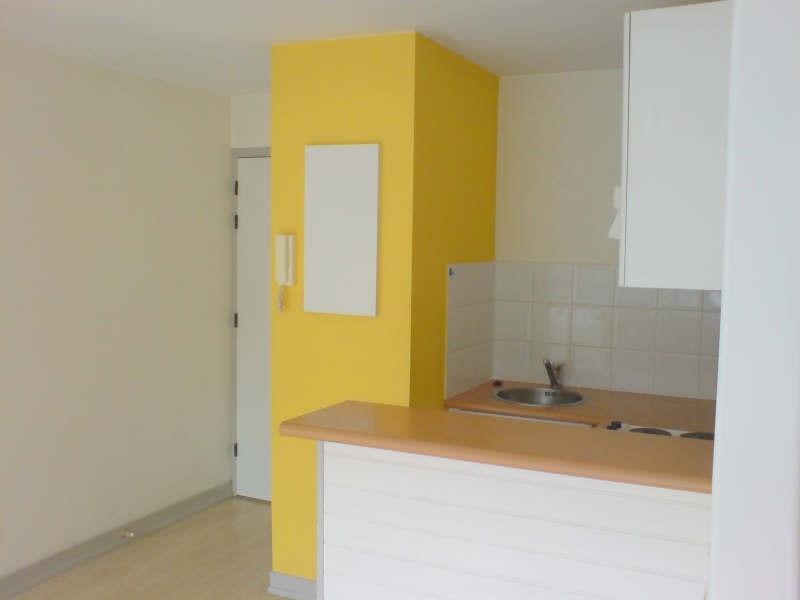 Location appartement La rochelle 498€ CC - Photo 6