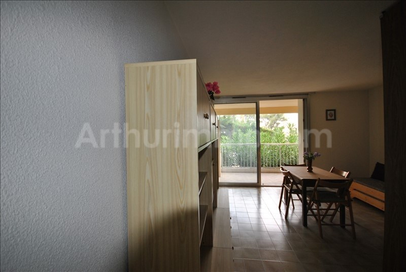 Sale apartment St raphael 146 000€ - Picture 2