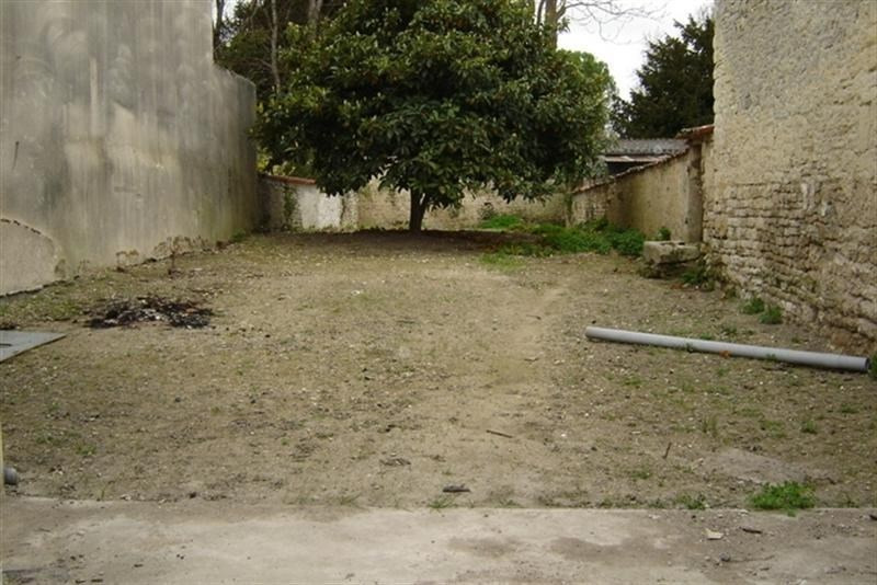 Sale house / villa St jean d angely 45 000€ - Picture 3
