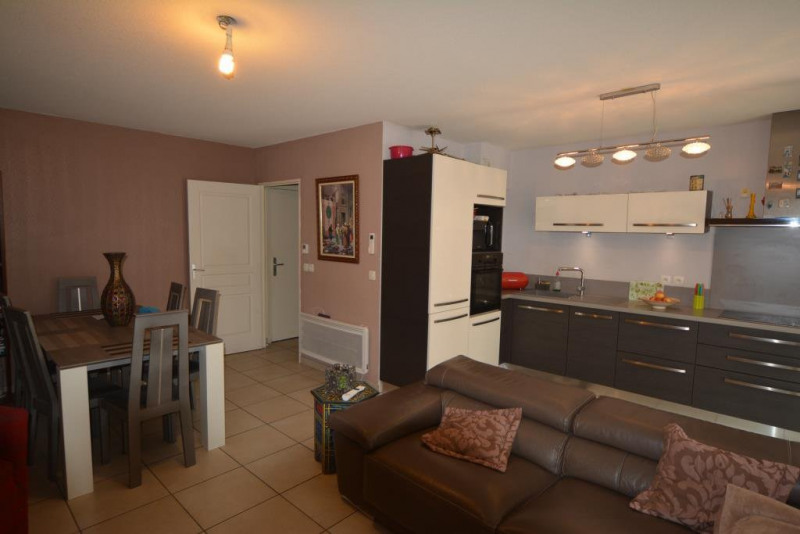Sale apartment Antibes 279 000€ - Picture 2