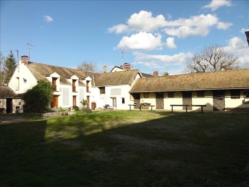 Deluxe sale house / villa Montfort l amaury 499000€ - Picture 1