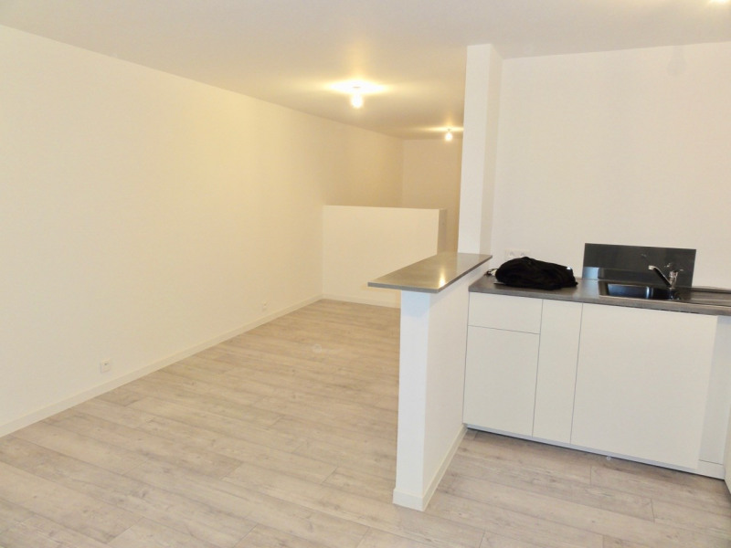 Location appartement Le beausset 550€ CC - Photo 3