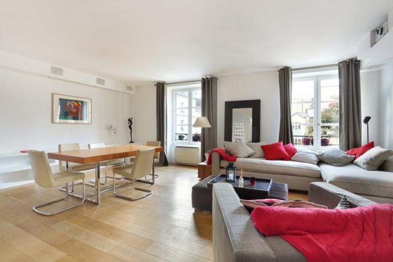Aрендa квартирa Paris 3ème 3400€ CC - Фото 1