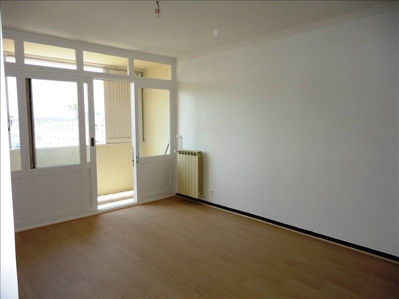 Location appartement Toulon 926€ CC - Photo 3