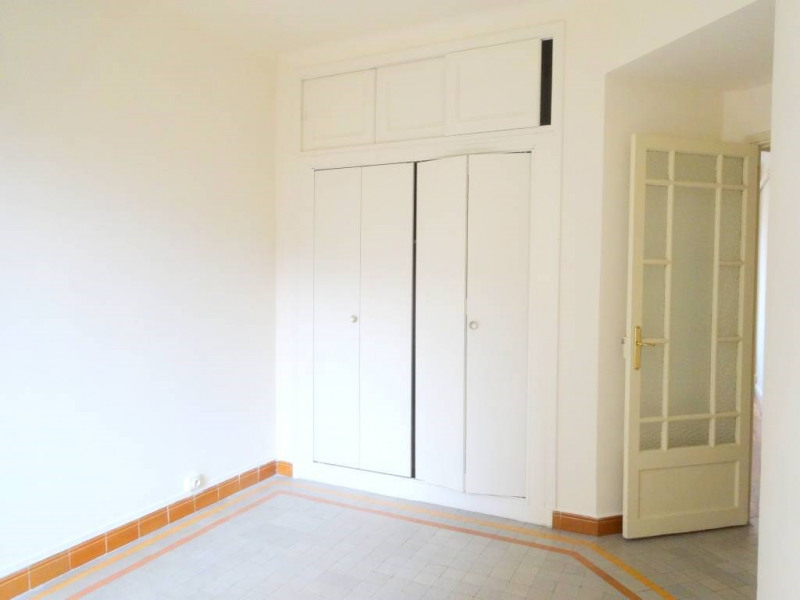 Alquiler  apartamento Avignon 955€ CC - Fotografía 10