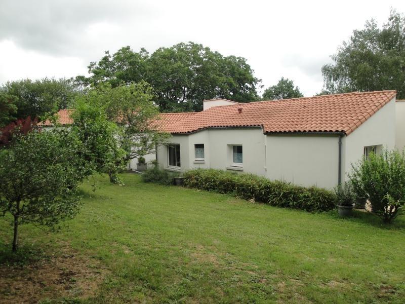 Deluxe sale house / villa La creche 354000€ - Picture 4