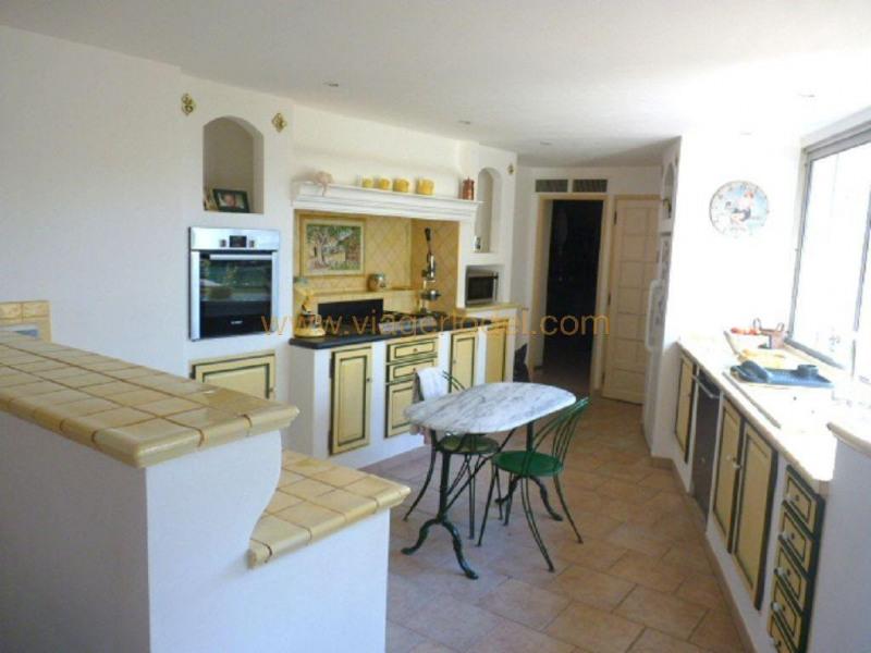 Vendita nell' vitalizio di vita casa Villecroze 144000€ - Fotografia 6